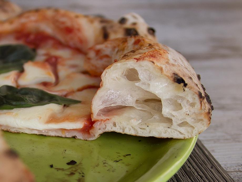 agenzia-comunicazione-napoli-roberto-guariglia-advertising-portfolio-work-food-gusto-over-the-sea-agropoli-cilento-ristorante-pizzeria-gourmet-3.jpg