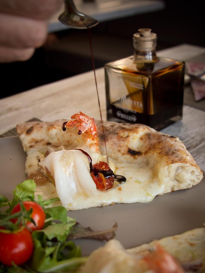 agenzia-comunicazione-napoli-roberto-guariglia-advertising-portfolio-work-food-gusto-over-the-sea-agropoli-cilento-ristorante-pizzeria-gourmet-8.jpg
